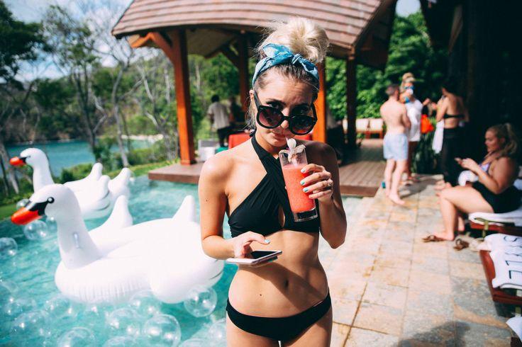 Pool Party at the Villa - aspyn ovard