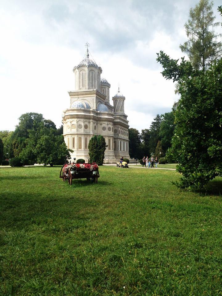 Curtea de Arges Monastery. #mesterulmanole #legend #monastery #romania