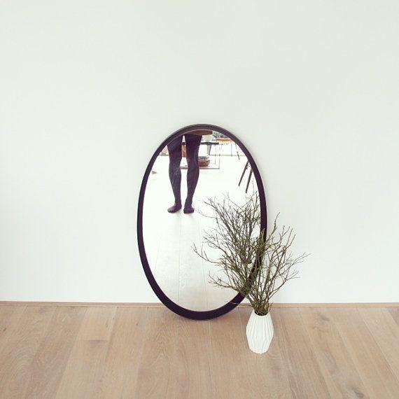 Vintage original 50er/60er Jahre ovaler Spiegel von LeFlair auf Etsy