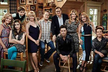 """Which """"Fuller House"""" Character Are You Based On Your Choice Of Emoji?"""
