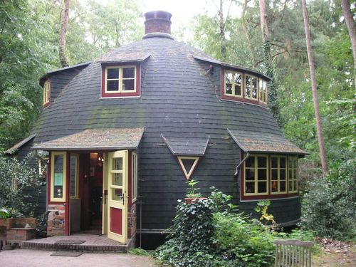 25 best ideas about tiny little houses on pinterest small home plans small cottage plans and small cottage house plans - Little Houses
