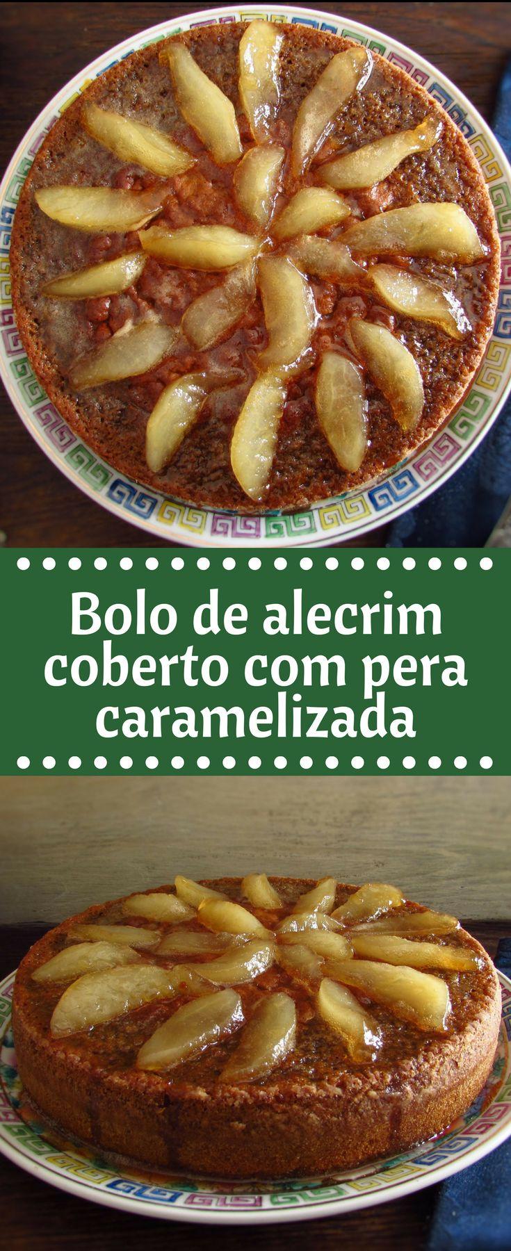 Bolo de alecrim coberto com pera caramelizada   Food From Portugal. Esta receita de bolo apresenta uma mistura interessante de sabores, o aroma do alecrim com a deliciosa cobertura de pera caramelizada. Experimente, vai adorar!!! #receita #bolo #alecrim #pera