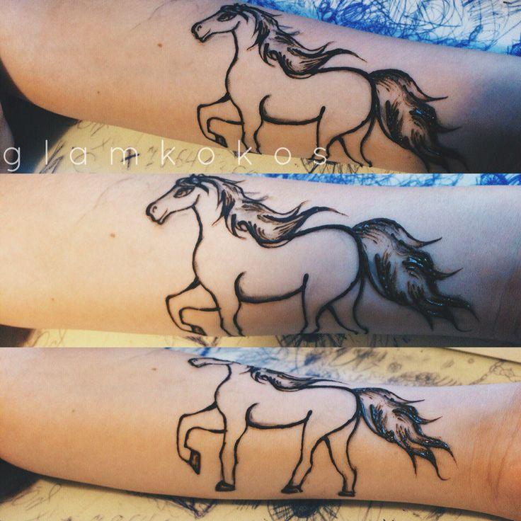 orient moon, мехенди, классическое мехенди, красивый фон, тату хной, самозамес хны, мехенди, хна, фото, henna, mehendi, мехенди на плече, мехенди на запястье, мехенди на предплечье, мехенди лошадь, мехенди конь, мехенди лошадка