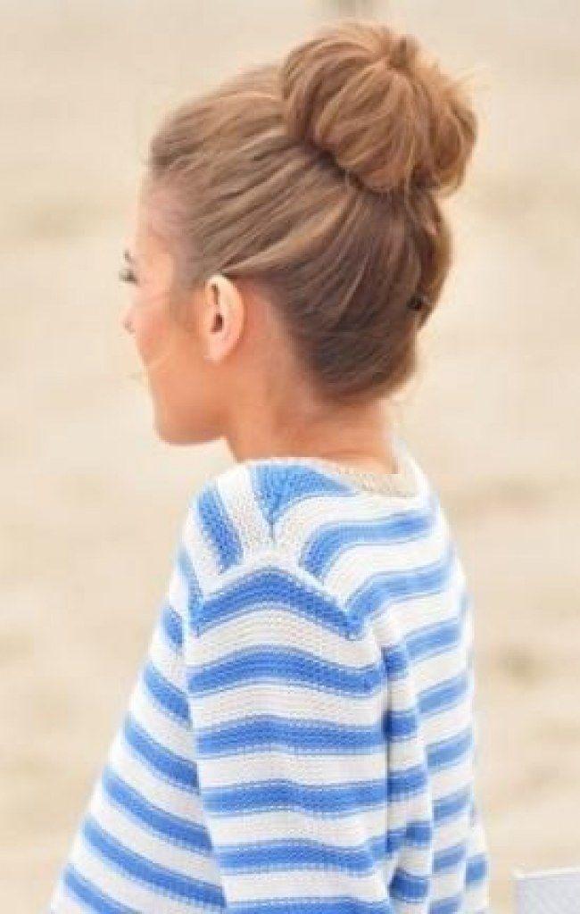 Penteados com coque para você se inspirar - Clássico rosquinha