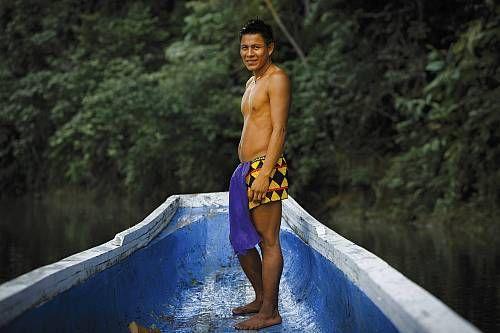 Panama, province du Darien, Parc national du Darien, classé Patrimoine Mondial de l'UNESCO, communauté indigène des Emberas, portrait d'un homme indigène Embera  Date prise de vue : 27/06/2014 Crédit : SPANI Arnaud / hemis.fr