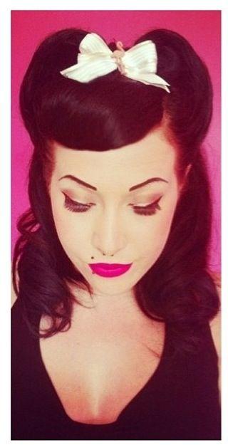 Rockabilly Girl:: Pin Up Hair:: Retro Style