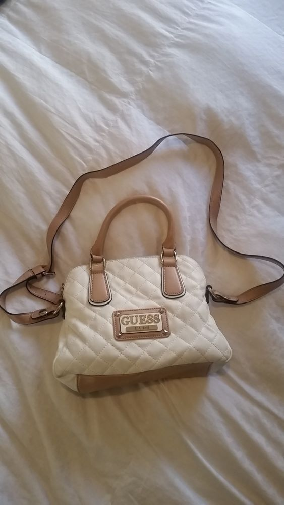 Used Small White and Tan Guess Purse With Matching Wallet