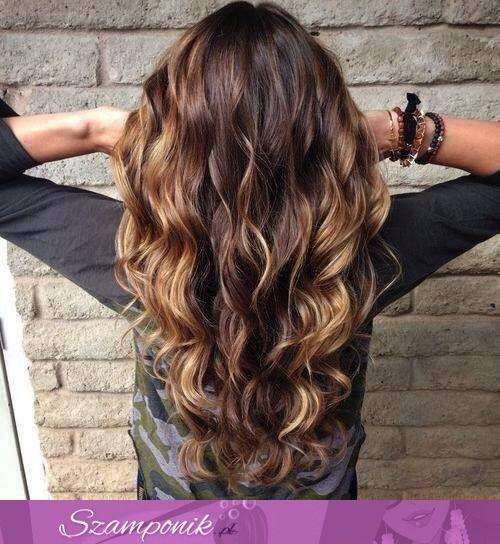 Gęste, długie włosy