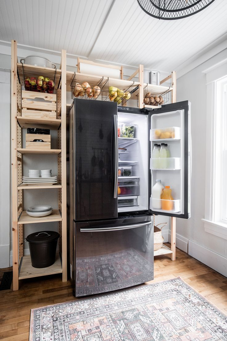 Keep everything accessible with this samsung refrigerator
