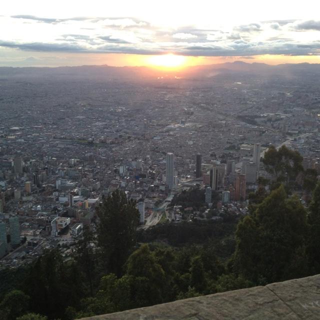 Atardecer en Bogotá. Vista desde el cerro de Monserrate