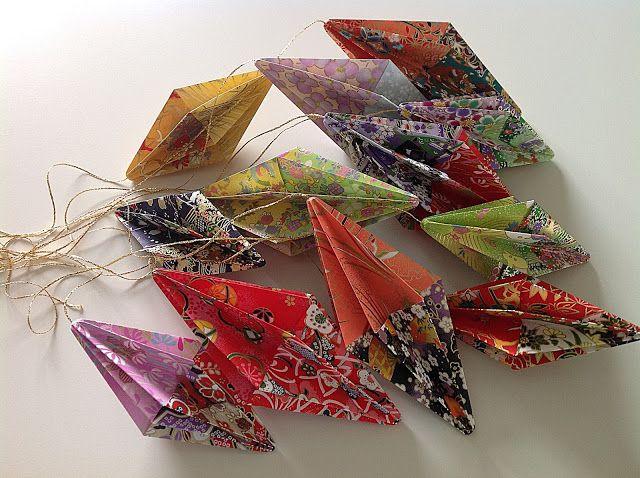 Bellas bedrifter: Flere aflange origami prisme-diamanter...
