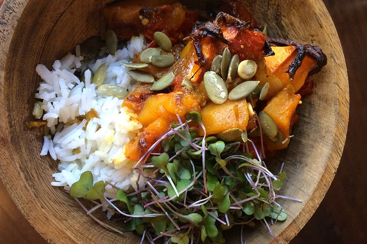 This butternut squash curry recipe is amazing. Sweet, spicy and delicious.