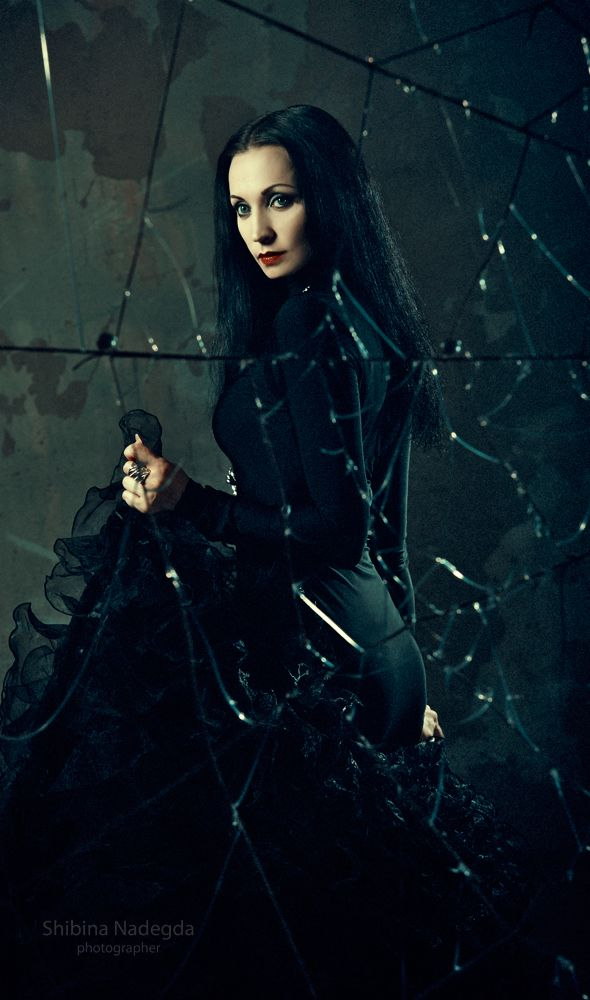 #Goth girl in Victorian dress
