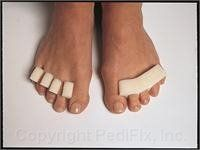 Pedifix Toe Comb Toe Separators - Pack of 12 Model # P8230 Pedifix http://www.amazon.com/dp/B0002EC304/ref=cm_sw_r_pi_dp_69nOub16W504J