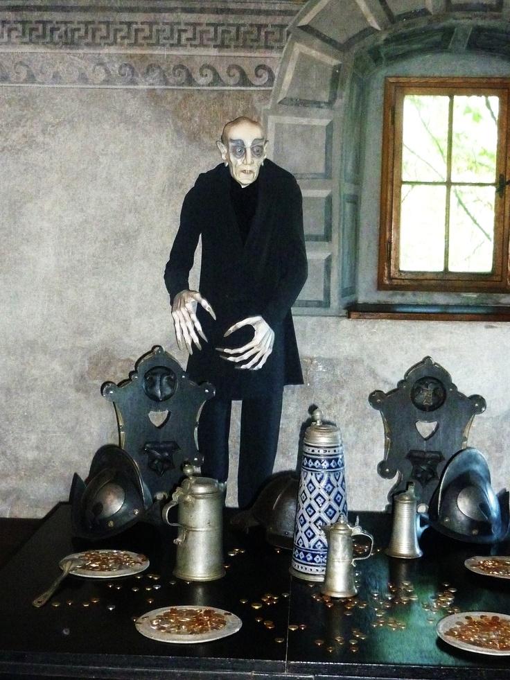 Nosferatu (movie 1922) -statue in Orava castle (Slovakia)