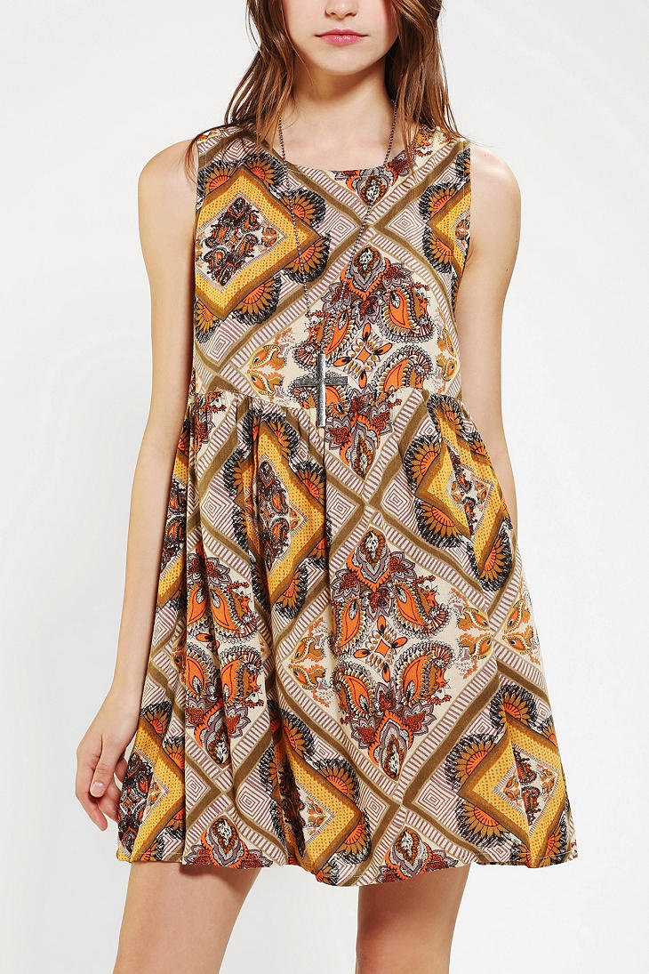 Minkpink maxi dress scorpio horoscope
