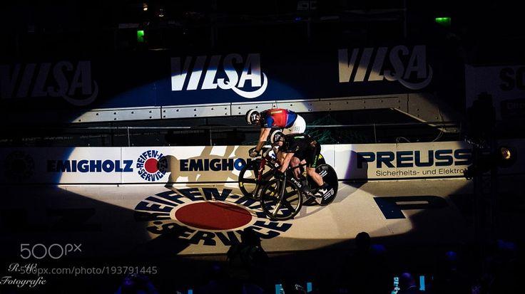 Sixdays Bremen - Sprinterwettbewerb by rwarnecke