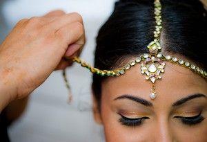 indian-wedding-tikka!      Aline for Indian weddings