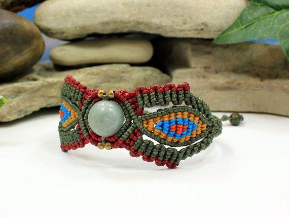 Jade Dreamers bracelet  handcrafted macrame by MundialTreasures