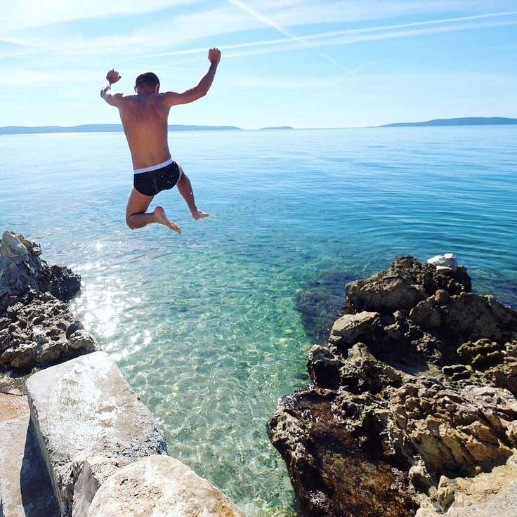 Breath deeply... one, two...three .. Go !! • Do not let the summer gone • #croatia #summer #trogir #ciovo #travel #weekend #holiday #holidays #sunny #boat #лето #хорватия #намдоманесидится #creativephototeam #отпуск #хочувотпуск #vocation #jumping #waterj