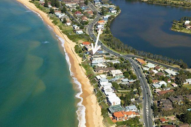 VRBO.com #9067309ha - On the Beach #13, Wamberal (Beachfront)