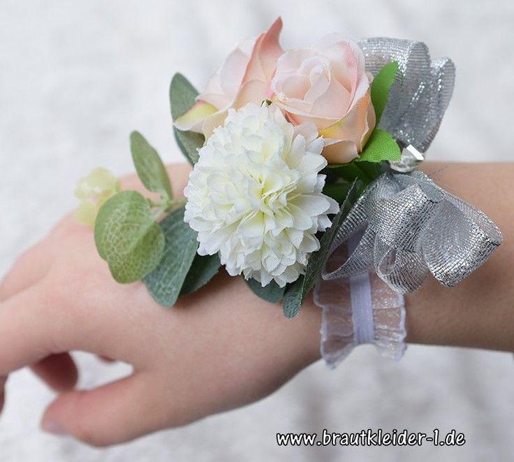 Blumenarmband Freyja #accessoires #für #die #braut #mode #fashion  – Accessoires für die Braut Online