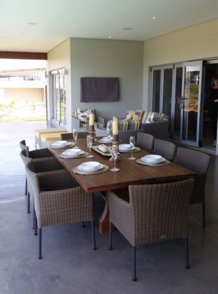 For all your custom made solid wood dining tables suited to the home,  restaurant,