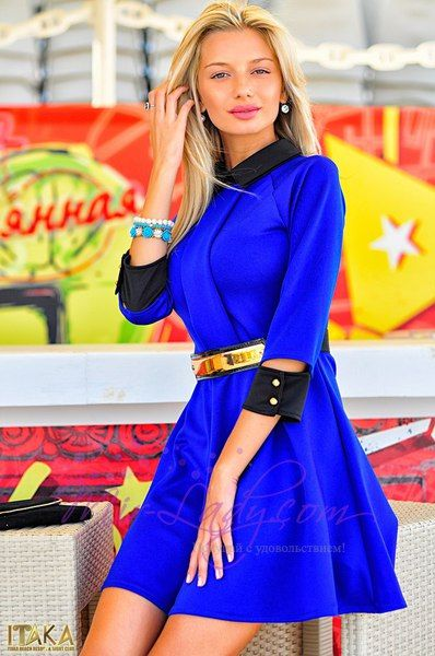 """Платье """"Виктория Бэкхэм"""" Арт.:  VH5043 Цвета: Электрик, Бирюзовый, Черный, Красный Ткань: дайвинг Размеры: универсальный (42-46) Рост модели - 170 см Пояс в комплект не входит!"""