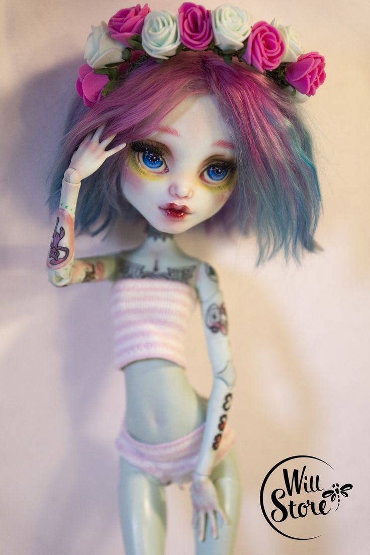 https://flic.kr/p/CfJV66 | OOAK tall Frankie Stein 17 inch by WillStore | To adopt this Doll check Etsy shop >>> www.etsy.com/listing/264159077/monster-high-tall-frankie-...