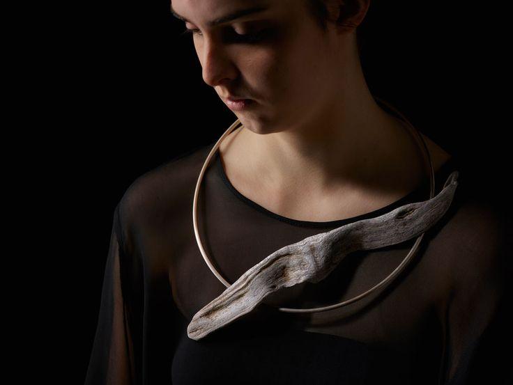 Linda van Niekerk. Neckpiece: Angel Wing Adrift Torque, 2015…