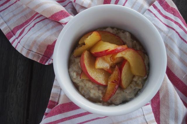 Essence: Goldilocks' Creamy Vanilla Porridge with Brown Sugar Apples