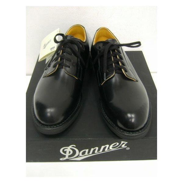 社会人になるにあたってちゃんとした革靴を履くために買いました