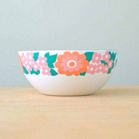 Small 5.5 Pink Orange Finel of Finland by NewSwedenVintage