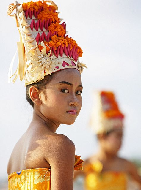 Ceremony girl in Bali. www.villapantaibali.com  Don't forget when traveling that electronic pickpockets are everywhere. Always stay protected with an Rfid Blocking travel wallet. https://igogeer.com for more information. #igogeer