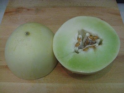 how to find out if a cantaloupe is ripe