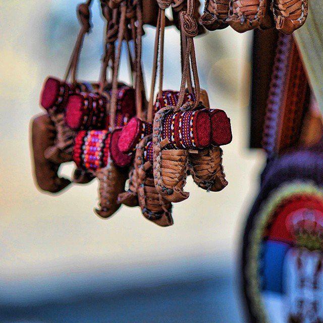 Opanak, a traditional Serbian leather peasant shoe and a national symbol of Serbia, as a souvenir. | Опанак, традиционална српска обућа направљена од коже и национални симбол Србије, као сувенир. | Photo: @solisio