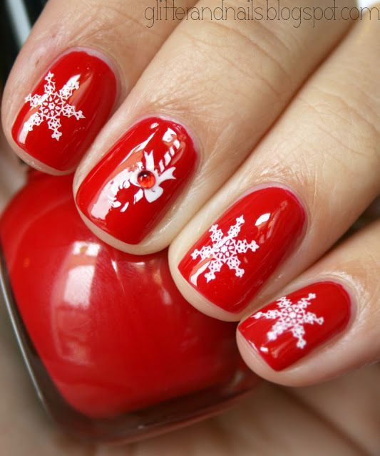 Christmas Nails with H & M Love Berry + Konad M12