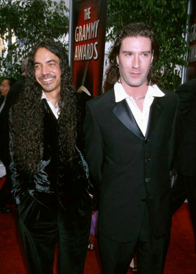 Mike Inez and Sean Kinney at the Grammy Awards Ceremony in Los Angeles 23 February 2000. Alice in Chains in nominated for Best Hard Rock Performance.
