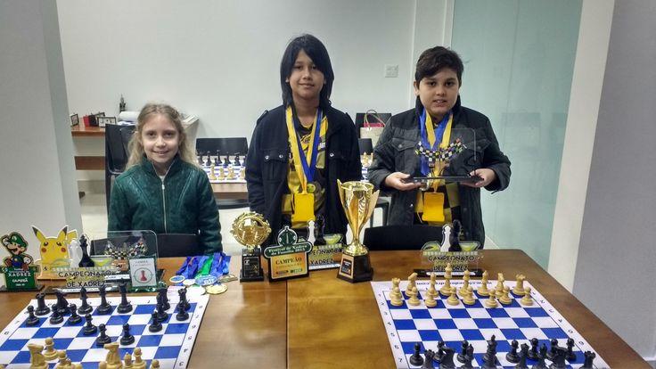 Três crianças do Distrito Federal vão compor o time que vai representar o Brasil no Torneio Mundial de Xadrez que acontece em agosto, em Poços de Caldas, em Mi