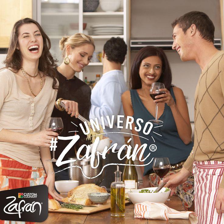 Un momento perfecto es cocinar con la gente que tú quieres mientras compartes con ellos. #universozafran