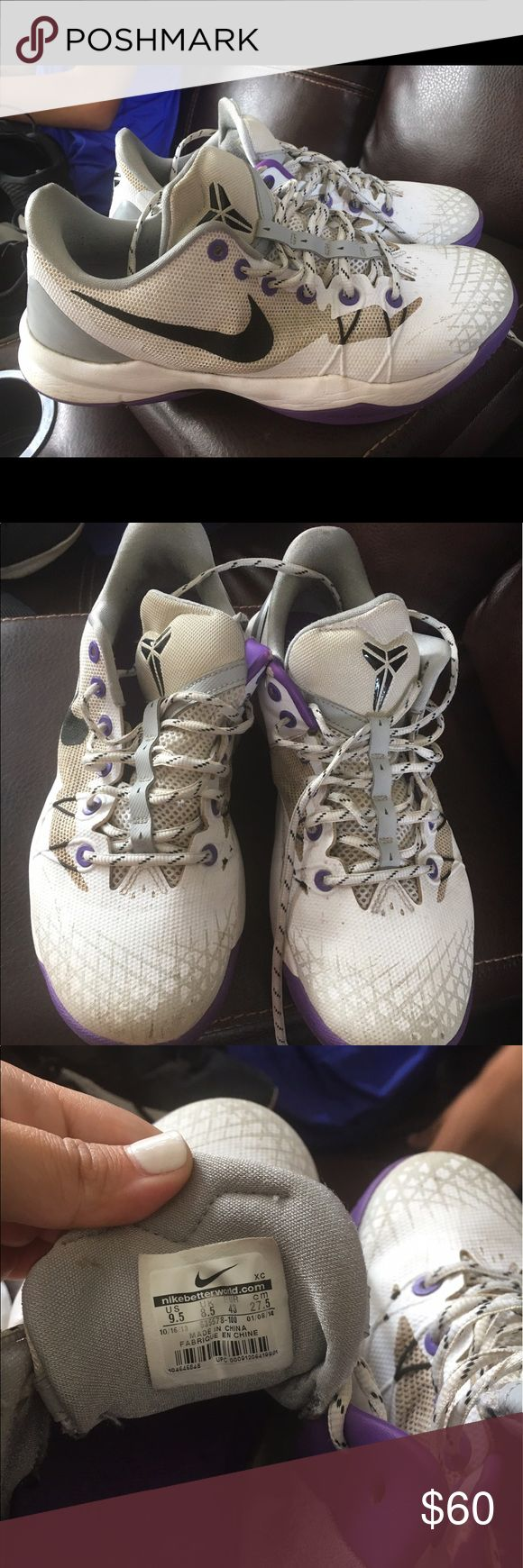 Nike Kobe venomenon 5 shoes Worn a handful of times and regular wear. Great bottom grips still Nike Shoes Athletic Shoes