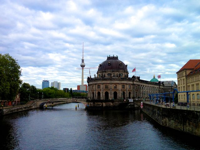 Berlin Museumsinsel In Mitte Museum Insel Welterbe Welt