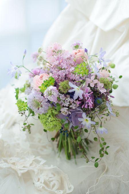 クラッチブーケ リストランテASO様へ ナチュラル&ヴィンテージ、ラベンダー色で : 一会 ウエディングの花