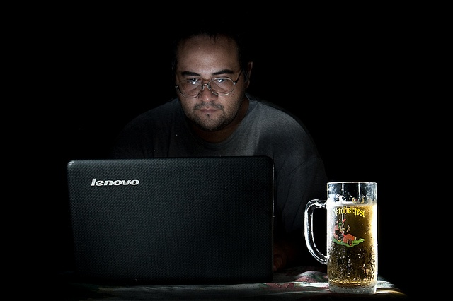 Laptop Strobist. Laptops are expensive but very mobile and usefull...