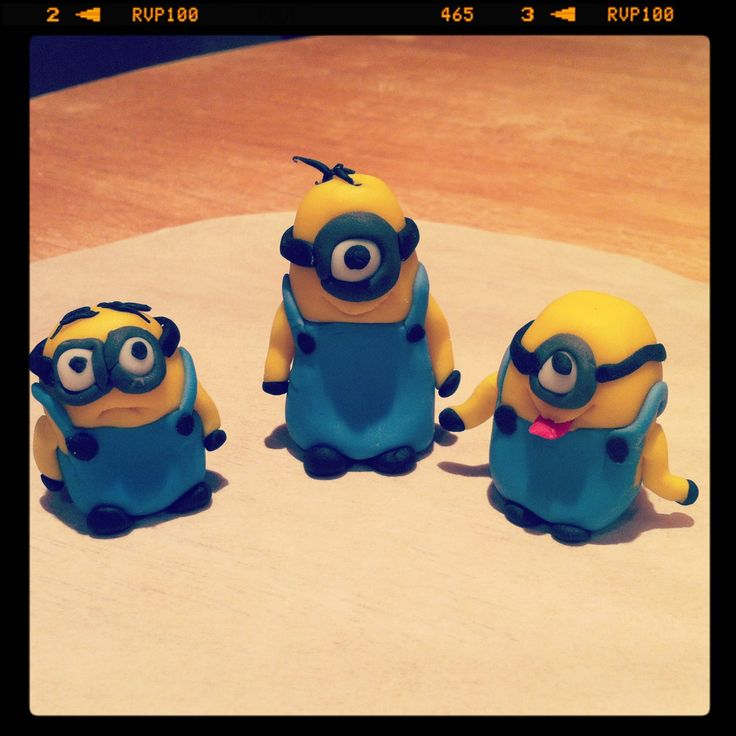 Little minions for cupcakes