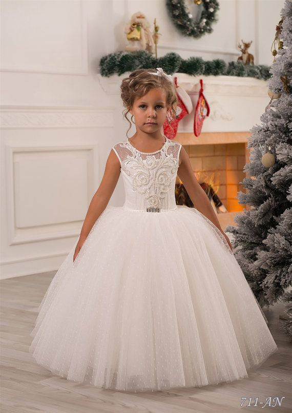 Ivory Lace Flower Girl Dress Wedding Party by Butterflydressua