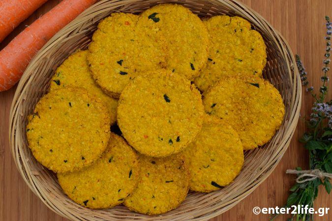 Σπιτικά Κρακεράκια βρώμης με καρότο και φρέσκο δυόσμο - Homemade oat crackers with carrots and fresh Spearmint http://www.enter2life.gr/25522-spitika-krakerakia-vromis-me-karoto-kai-fresko-dyosmo.html