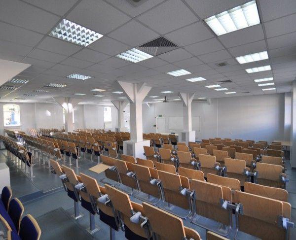 Aula w Poznaniu na 270 osób - #sale #saleszkoleniowe #salepoznan #salapoznan #salaszkoleniowa #szkolenia  #szkoleniowe #sala #szkoleniowa #poznaniu #konferencyjne #konferencyjna #wynajem #sal #sali #poznan #poznań #szkolenie #konferencja #wynajęcia #salekonferencyjne #aula