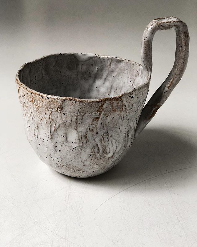 And A Still Caveman Vibes Pinched And Scratched Into Shape Huge Upright Ladle Pottery Ceramic Pottery Ceramic Cups