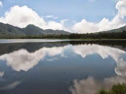 Information For Traveler: Lakes -  Beautiful Lake Lembang (Situ Lembang) Ban...